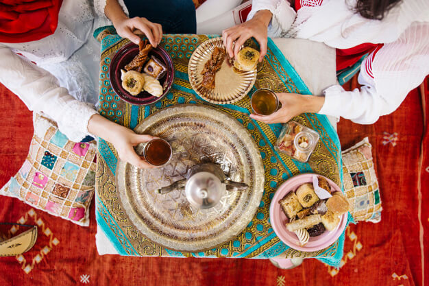 5 Tips for Hosting a Successful Iftar