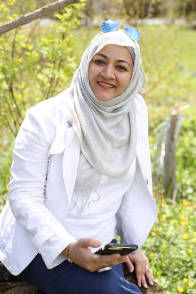 Boss Lady in Hijab – Maliha Ahmed Khan