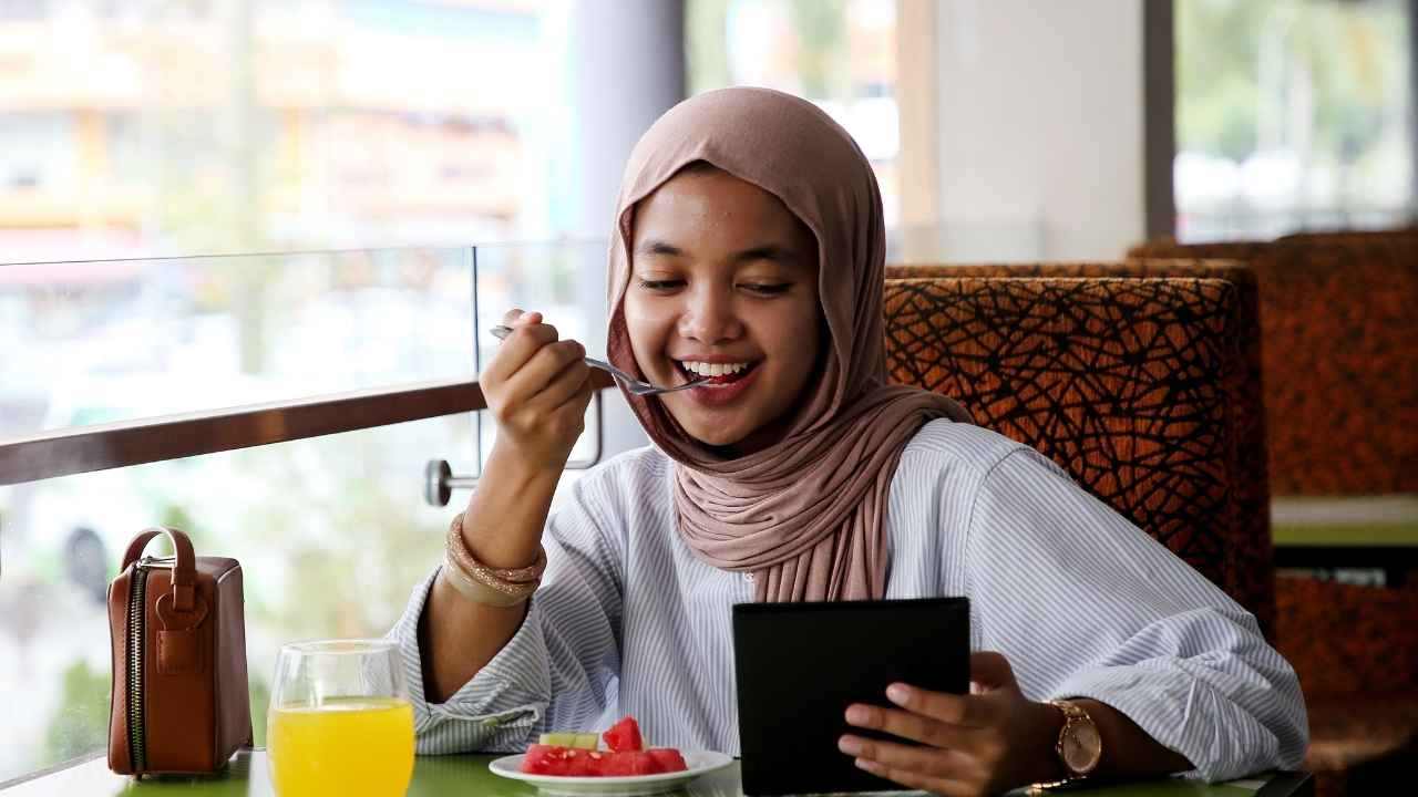 Maintain a Fasting Lifestyle Beyond Ramadan and Reap Crazy Health Benefits