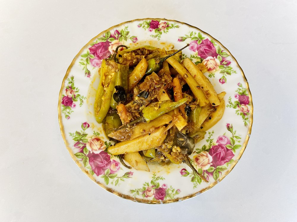 Vegetables with Pickle Spice: Ready in 10 Minutes!